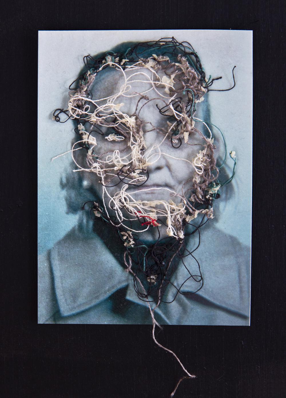 Tía Fé A flor de piel, 07. 10x15 cm. Fotografía, hilo y piel. 2012