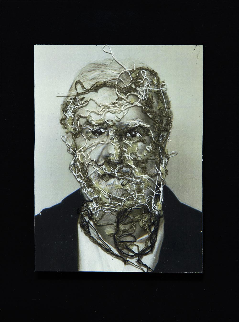 Mi primer profesor de fotografía, Manuel Sendón. A flor de piel, 15. 10x15 cm. Fotografía, hilo y piel. 2013