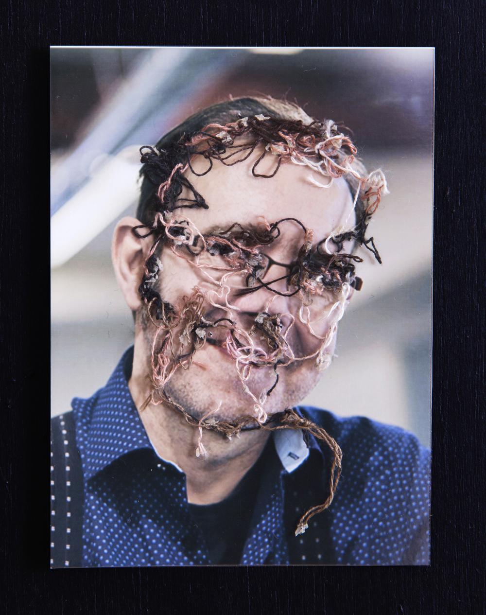 Mi profesor de fotografía, Ciuco. A flor de piel, 18. 10x15 cm. Fotografía, hilo y piel. 2013